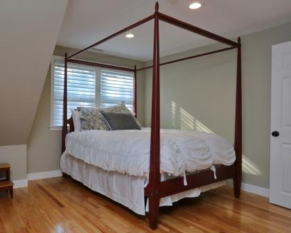 creative use of space and beach theme in cape cod remodel. Black Bedroom Furniture Sets. Home Design Ideas