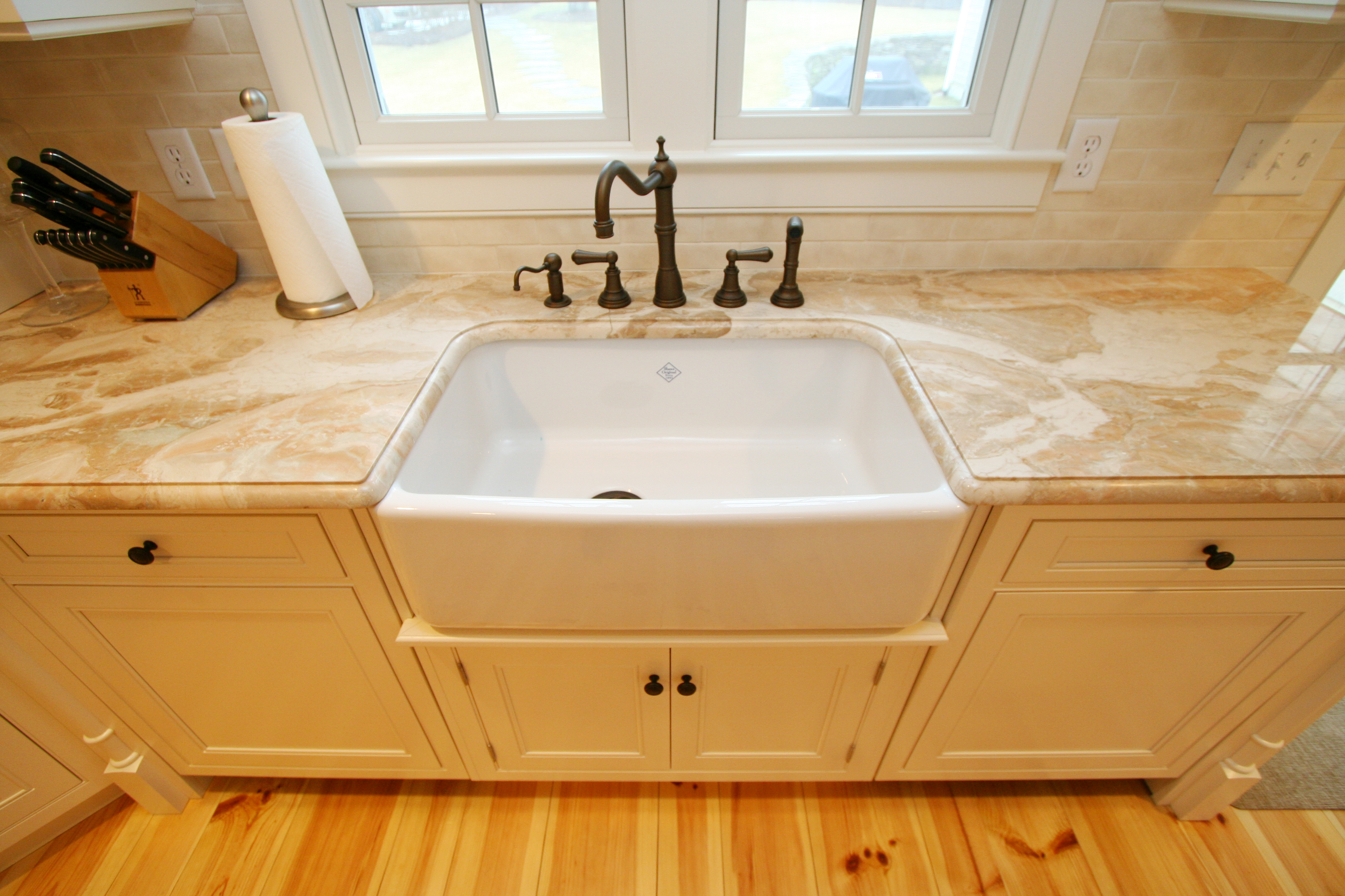 Porcelain Farmhouse Kitchen Sink : porcelain sink